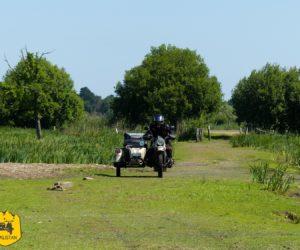 Balade moto en Brière, entre marais et villages vernaculaires