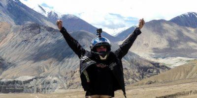 Notre inoubliable chute à moto sur le plus haut col du monde : Kardhung La